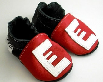 soft sole baby shoes infant handmade gift red alphabet white 6 12 m ebooba LT-2-R-T-2