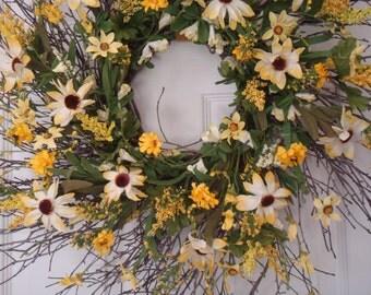 Summer wreath, front door wreath, spring wreath, yellow wreath,  sunflower wreath, summer door wreath, summer decoration, outdoor wreath