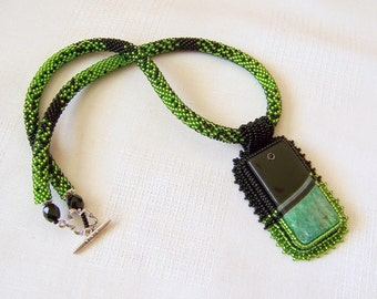 Green and Black Agate necklace - Beadwork Bead Embroidery Pendant Necklace - Statement necklace - GREEN REALITY -  Rectangular pendant