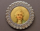 Count Ferson button, antique.  Count Ferson, a Swedith soldier, a friend of Queen Marie Antoinette. Chromo. under celluloid. 19th. century.