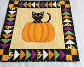 Black Cat Wall Hanging, Halloween Black Cat, Pumpkin Wallhanging, Quilted Halloween Wall Hanging, Handmade Wall Hanging, Halloween Pumpkin