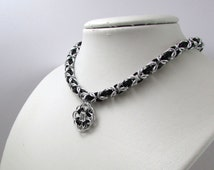 Black and Silver Necklace with Rose Pendant– Byzantine Chainmaille - Nickel Free Chain Necklace - Handmade Chainmail