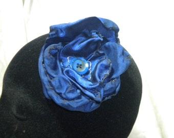 Blue flower/corsage