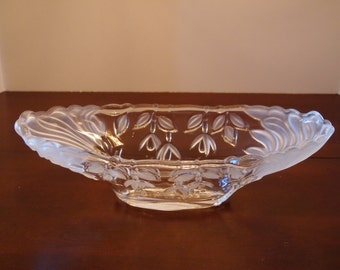 Frosted and Clear Oblong Fruit Bowl
