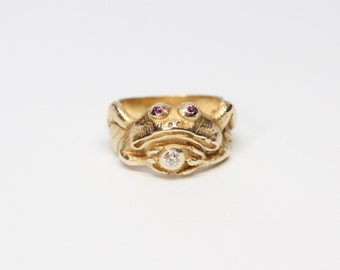 Art Nouveau 14k Gold Frog Ring with Diamond and Rubies - All Original - Outstanding Quality