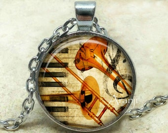 Trombone art pendant, trombone necklace, trombone pendant, trombone jewelry, music pendant, music necklace, music jewelry, Pendant#HG145P