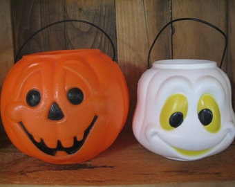 Vintage Halloween Pumpkin, blow mold pumpkin, Retro Plastic Ghost, Halloween Decoration, Vintage Decor, Plastic Jack-O-Lantern