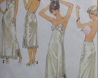 Vintage Simplicity 8862 Sewing Pattern Sizes 18 and 20 Slips and Half Slips