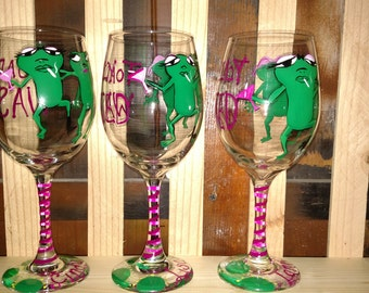 Bachelorette party favor, girls night out, custom wine glasses