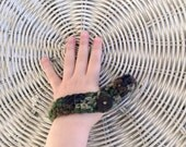Thumb Sucking Guard - Stop Thumb Sucking - Child's Thumb Glove to Prevent Thumb Sucking - Thumb Mitt for Boys and Girls - Kids Thumb Wrap