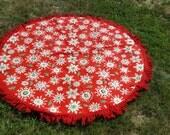 AMAZING Vintage Round Christmas Tablecloth Snowflakes Fringe