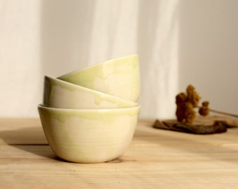 Ceramic bowl set Stoneware serving set Lime brilliant glaze Three bowl set