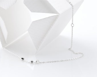 3 Silver beads necklace