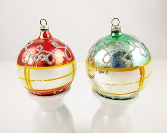 Made in Austria - Two Ornaments - Exceptional - Mercury Glass Ornaments - Vintage 1950s - Silver Glitter - Ornaments - 24