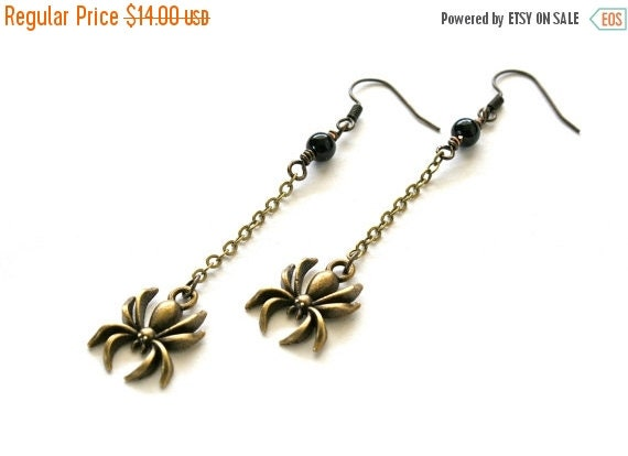 15%OFF SALE Get these in time....Vintage Spider Earrings, Goth Earrings, Halloween Jewelry, Dangle Spider Earrings