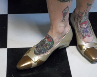 CLEARANCE! was 22.00 Vintage California Magdesians Ladies Shoes in Platinum and Copper,  size 7-7.5, T