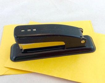 Vintage Black Stapler,  Swingline Cub Stapler, Black Metal Stapler