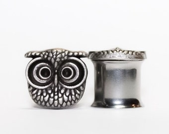 Silver-Hued Owl Plugs, gauges 0g, 00g, 7/16, 1/2
