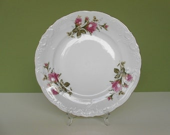 """Vintage """"Moss Rose"""" 10 1/4"""" Dinner Plate by Walbrzych Poland"""