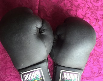 BOXING GLOVES 16 oz Round One by TKO