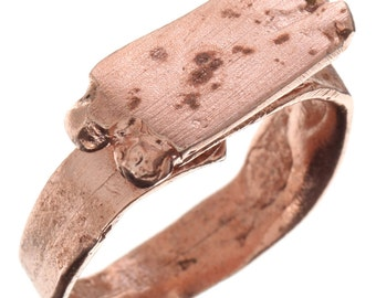 Small Roman Signet ring in rose gold