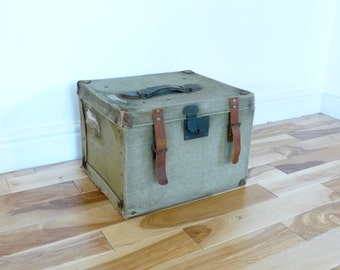 Canvas Travelling Box