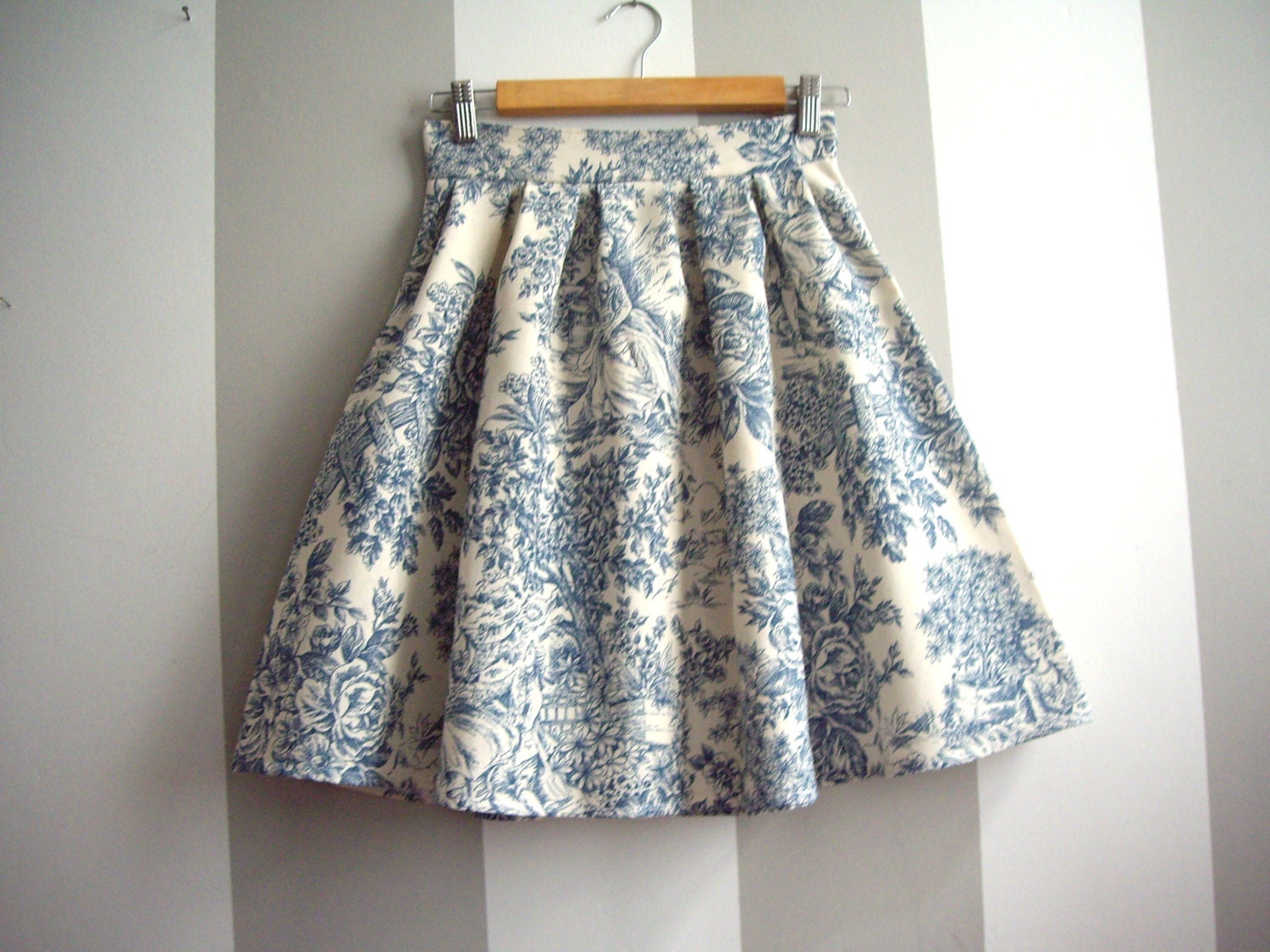 Toile de Jouy Skirt // Blue and Cream Toile High Waisted Skirt