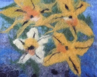 Felted Flower Picture, Fibre Art, OOAK, Felt Wall Art, Fibre Painting, Painting with Wool, Wallhanging.