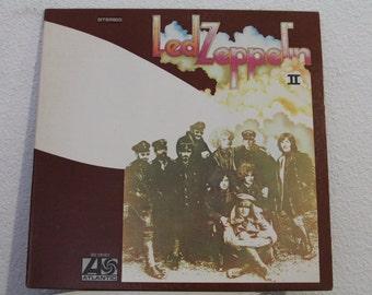 """Led Zeppelin - """"Led Zeppelin II"""" vinyl record (NT)"""