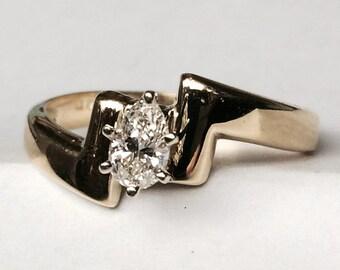 Pear Shape Cut Diamond Engagement Ring