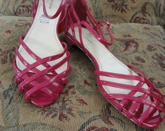 Fuschia Summer Sandals . size 9.5 .  New . Low Heels . Ankle Strap . Fuchsia Strappy Sandal . Open Toe Shoes . Fuchsia Flat . Dress Sandal
