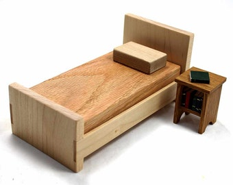 Wood Dollhouse Bed, Miniature Furniture Bed, Maple Furniture, Doll Bed, Miniature Bed, Mini Furniture, Handmade Miniature