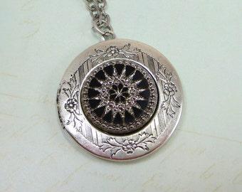 Silver Locket Black Silver Glass Starburst Locket Intaglio Vintage Locket