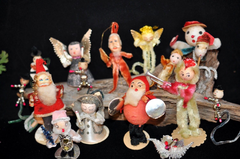 1950s Christmas Decorations 16 Pc Each Vintage