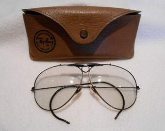 Vintage Ray Ban Black Framed Photo Gray Shooter Sunglasses and Case, c. 1970