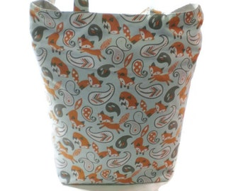 Cute foxes cotton tote bag, book bag. Great tote bag for teachers, kids or shopping!