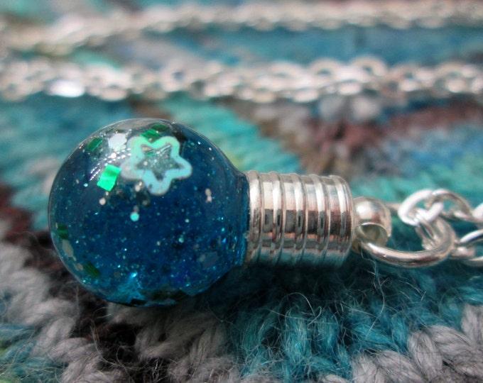 Glitter Liquid Necklace - Small Blue Globe