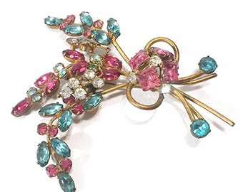 Vintage Brooch Pin faceted prong set Rhinestone (0004) gold tone  mutli-color