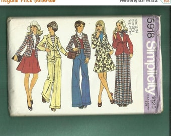 ON SALE Vintage 1973  Simplicity 5918 Sweet Preppu Jacket Wide Leg Pants & Flared Skirt  Size 13/14 Junior