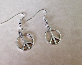 Peace Sign Charm Earrings - Silver Tone Charms Peace Sign Hippie Jewelry