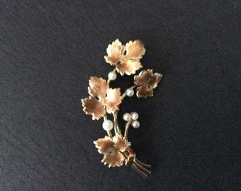 Vintage Krementz Pearl Brooch