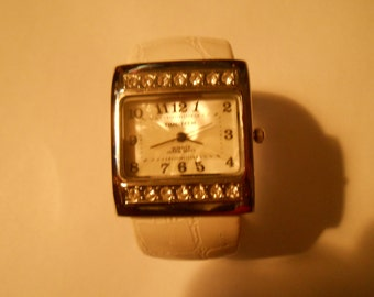 time teck ladies bracelet watch
