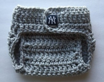 Yankees diaper cover, New York Yankees diaper cover, Yankees baby shower gift, newborn diaper cover, baby diaper cover, baby photo prop