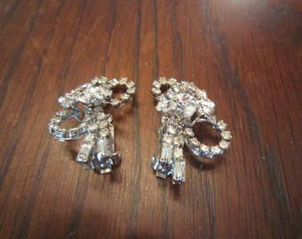 Clear Rhinestone Loopy Earrings - Juliana