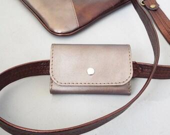 Leather key case. Leather key holder. Leather key wallet.