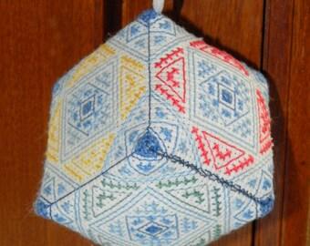 Cube - cross stitch - embroidery pattern
