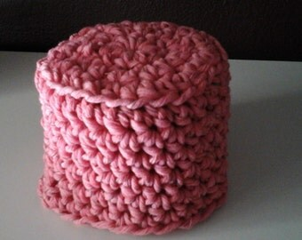 Crocheted bathroom tissue cover  pink