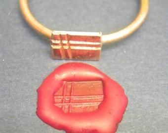 roman seal ring lankhills style late roman period rectangular double cross