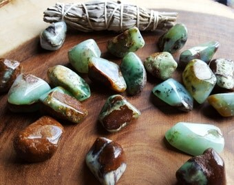 Chrysoprase ~ 1 large Reiki infused tumbled crystal approx 1-1.25 inches