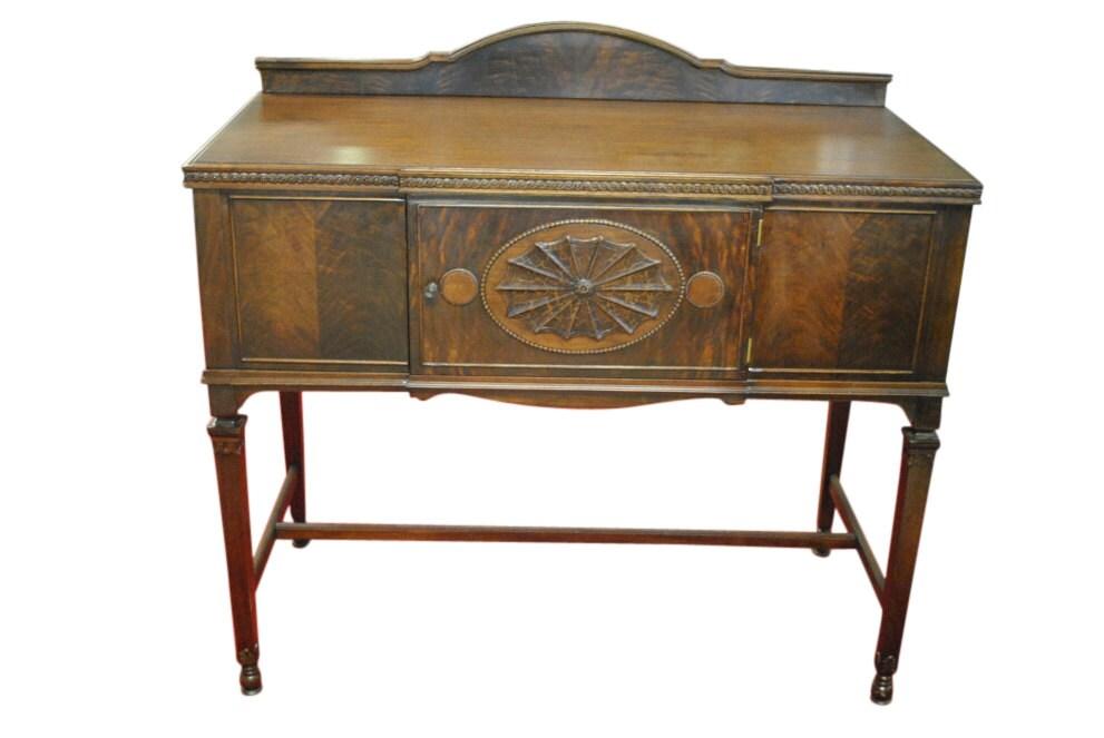 antique petite sheraton style server sideboard buffet. Black Bedroom Furniture Sets. Home Design Ideas